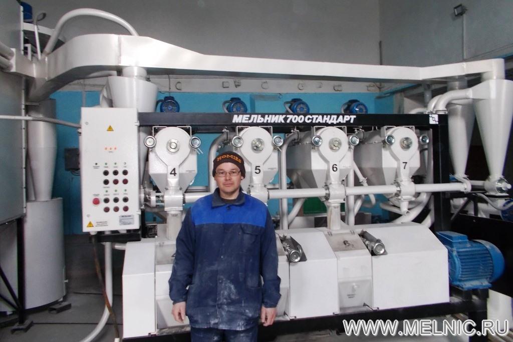 На монтаже мельницы МЕЛЬНИК 700 Стандарт в Омской области