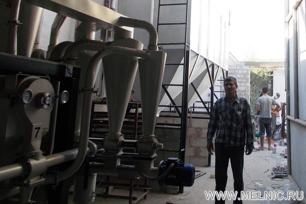 На монтаже мельницы МЕЛЬНИК 700 Эксперт в Республике Узбекистан